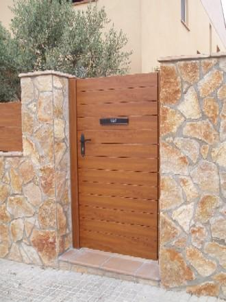 Ideas para reparar puertas de madera blog manualidades for Ideas de puertas de madera